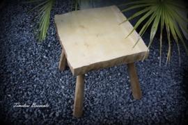 Decortief houten krukje/bijzettafeltje