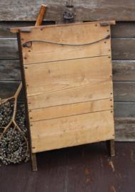 Oud houten wasbord