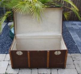 Grote antieke hutkoffer/koffer/kist