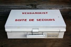 Vintage verbandtrommel/verbandkoffer/verbandkist