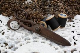 Antieke stoffenschaar/kleermakersschaar (23 cm)