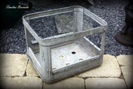 Industrieel zinken krat (nr.2)