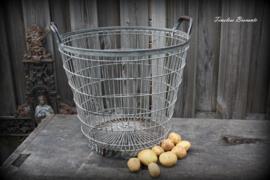 IJzeren aardappelmand/draadmand