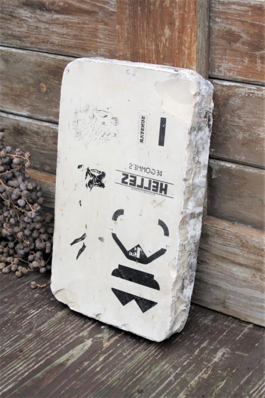 Antieke litho steen nr. 3 (30,5 x 18 x 4,5 cm)