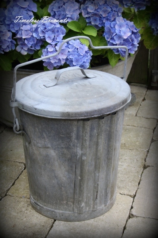 Vintage zinken vuilnisemmer/vuilnisbak (nr.2)
