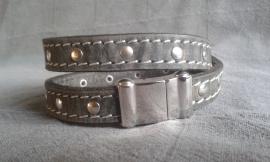 Wikkel armband met studs