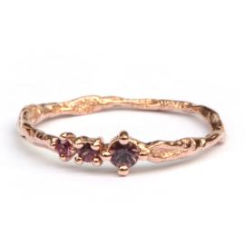 Feeny ring met framboise saffier