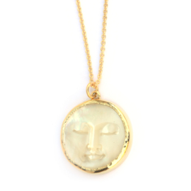 Large moon pendant of mother of pearl