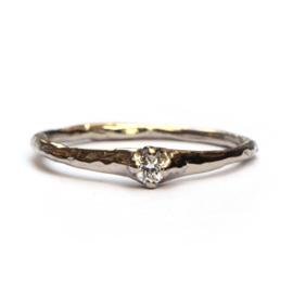 Willa ring in witgoud