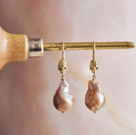 Skully Baroque Pearls