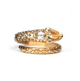 Slangenring van 22krt goud met diamanten