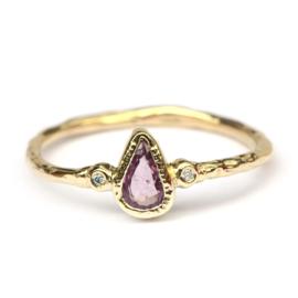 Ring met roze saffier en diamantjes