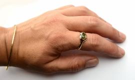Ring met donkergroene toermalijn