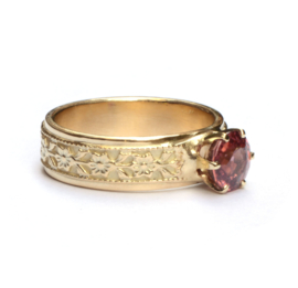 Ring met warmrode zirkoon