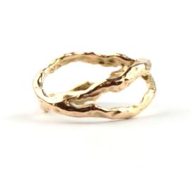 Rosegouden flow ring