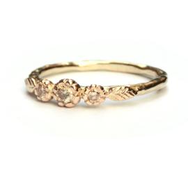 Rosegouden bloemenring met peach diamant