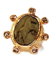 Royal Horse Ring