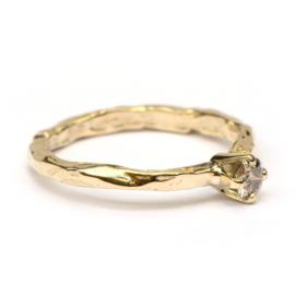 Stoere grillige verlovingsring