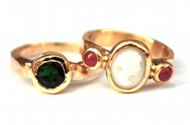 Ringen voor Marianne in opdracht gemaakt
