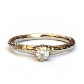 Witgouden Forest ring met diamant