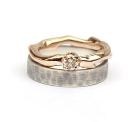 Champagnegouden ring met lichtbruine diamant