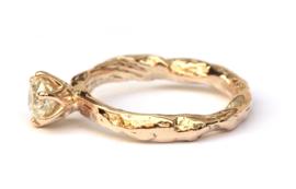 Robuuste verlovingsring met diamant