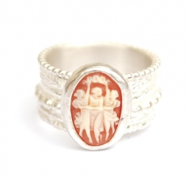 Three Graces Ring