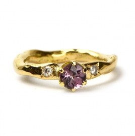 Ring with spinel and diamonds