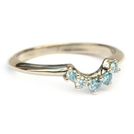 Stacking ring met ice blue diamanten