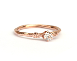Romantische ring met diamant
