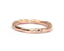 Rosegouden grillige ring met diamantjes