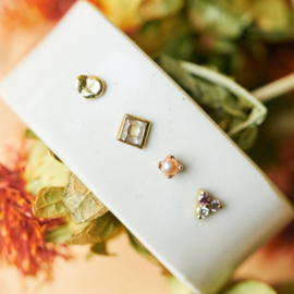 Single ear stud ruit diamant