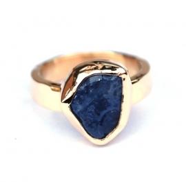 Gouden ring met tanzaniet