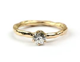 Rosegouden ring met bolsjewiek diamant