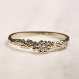 Rosa Nora ring met diamant