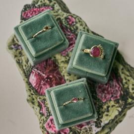 Ring met roze saffier en choco diamanten