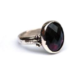 Zilveren ring met  robijn zoisite