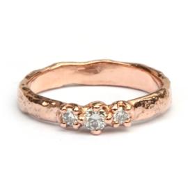 Roodgouden Elfie ring met diamantjes