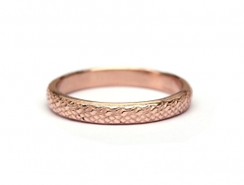 Red gold ring with snake motif
