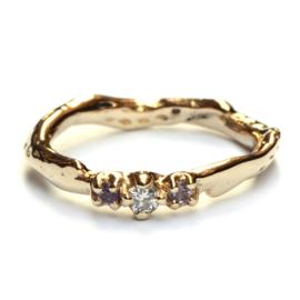 Umiko ring met diamant en roze saffieren