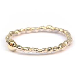 Ring Pearls met gouden rotsje