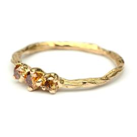 Twiggy ring met cognacdiamanten