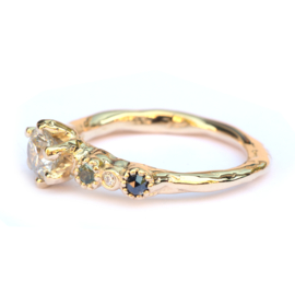 Zita ring met grote diamant