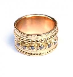 Pareldraadring met zes antieke diamantjes
