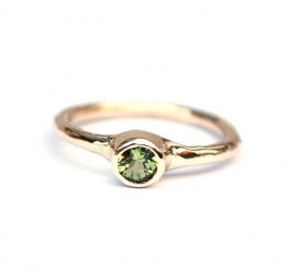 Ring with green peridot