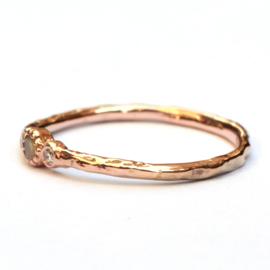 Minnie ring met opaal en diamant
