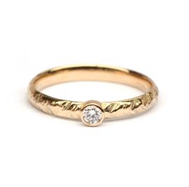 Stoere ring met diamant