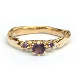 Ring Loulou met spinel