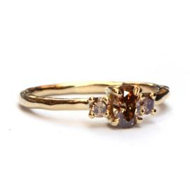Ring met choco diamanten