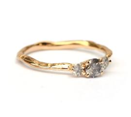 Ring met natural grey diamanten